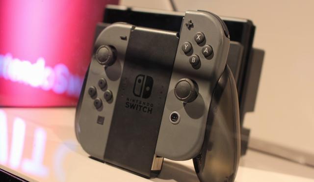 Nintendo Switch стала самой продаваемой актуальной для нашего времени приставкой вСША